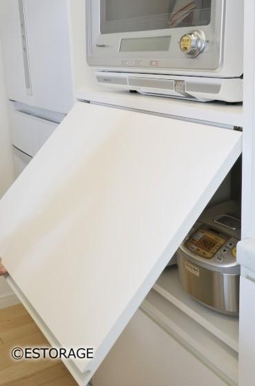 家電製品を一杯仕舞えるキッチン収納
