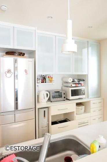 さまざまなアイテムをしまえるキッチン収納