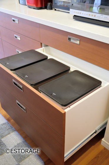 既存の引き出しを利用したゴミ箱収納
