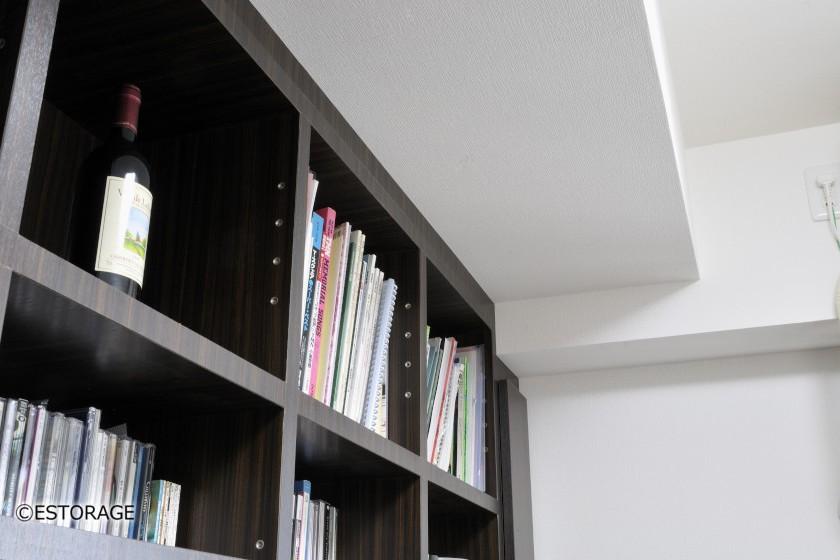 壁一面で見易さ抜群の大容量書庫