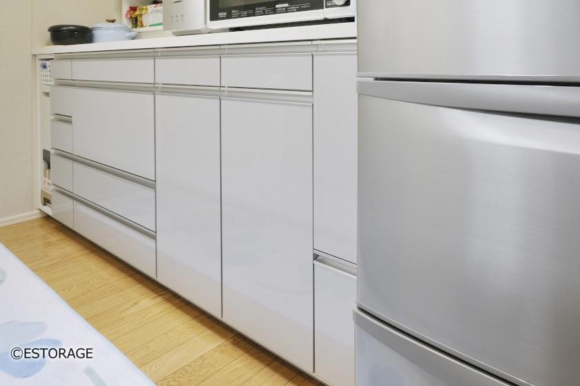 引出しいっぱいのキッチンカウンター収納