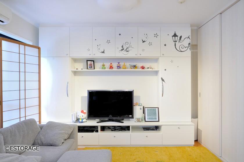 大型TVにも対応のリビング壁面収納