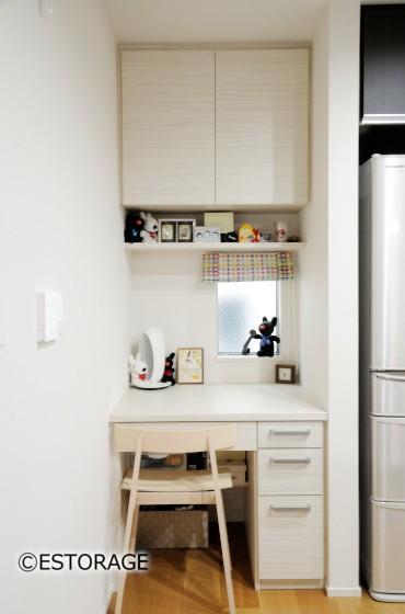 デッドスペースを有効活用した家具