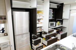 【実例】既成家具と組み合わせたキッチン収納