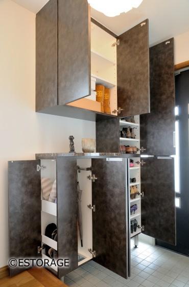 玄関の靴箱 収納スペースを活用