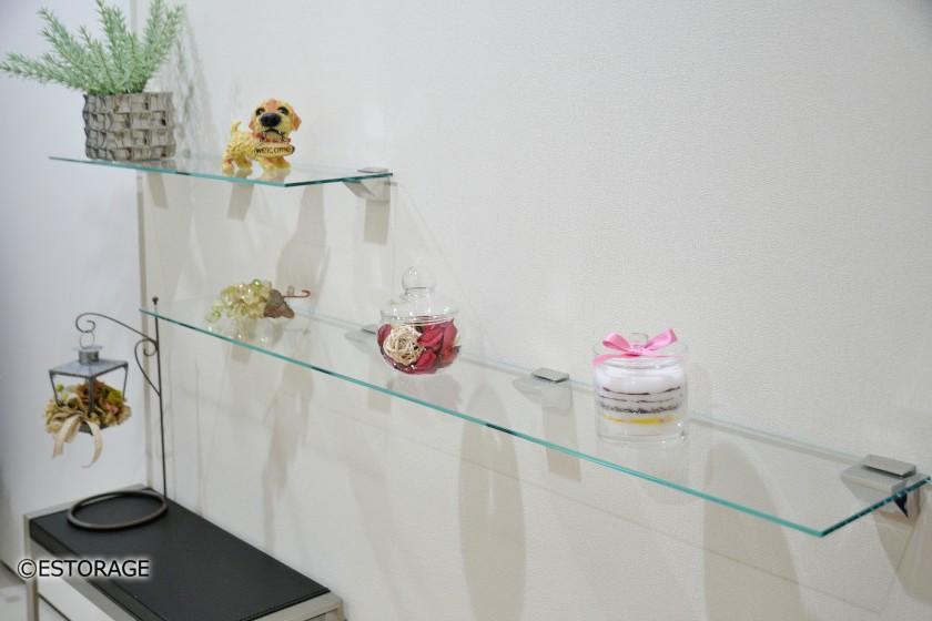 ガラス飾り棚