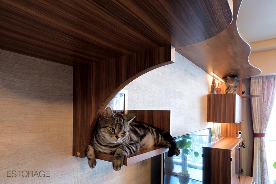 (3)猫との暮らしがもっと楽しくなるリビングボード03