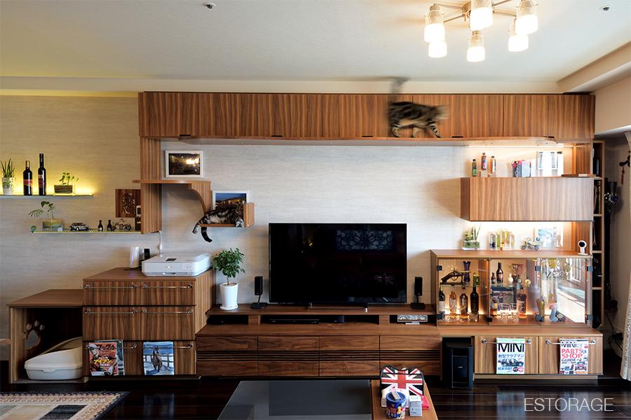 人気の壁面収納番外編:キャットウォーク付き壁面収納
