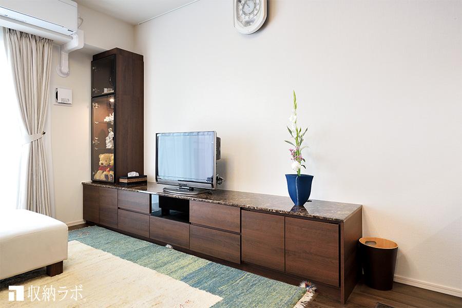 お部屋を広く見せる壁面収納
