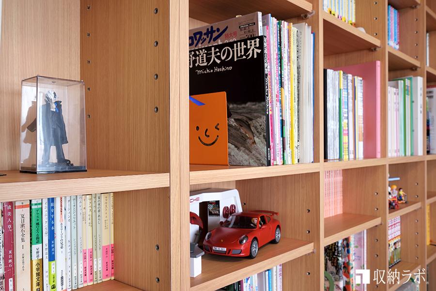 可動棚の本棚