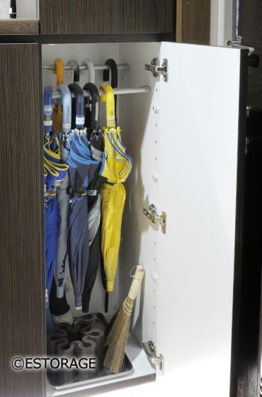 玄関の傘収納