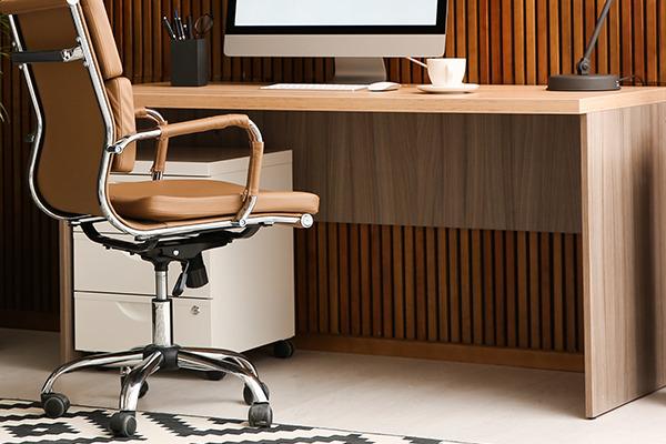 テレワーク環境の改善1.デスクと椅子の高さは最優先