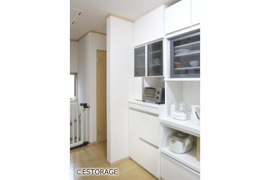 既存家具に合わせた、キッチン収納