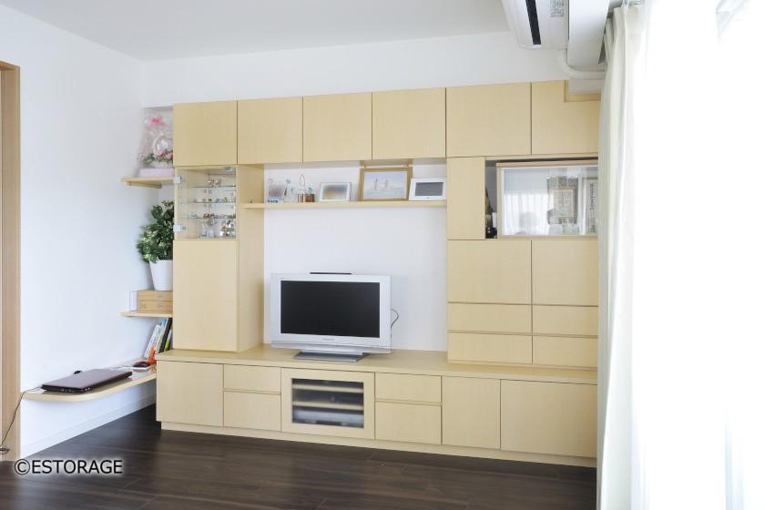デザインと収納を両立したオーダーメイドの壁面収納