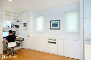 リビングに収納できるワークスペースを叶えたオーダー家具。
