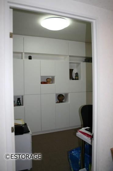 たっぷり本棚で書斎も広々 書斎本棚収納
