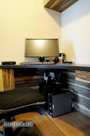デザインと機能を兼ね備えたデスクスペース
