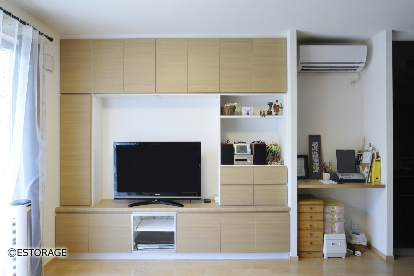 お部屋のサイズにぴったり合わせて設計した壁面収納