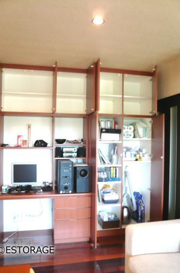 木目×白のデスク付壁面収納