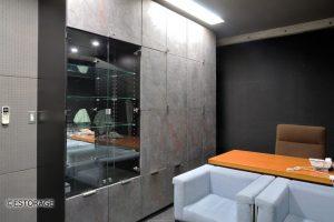 天然石の扉を使用した壁面収納