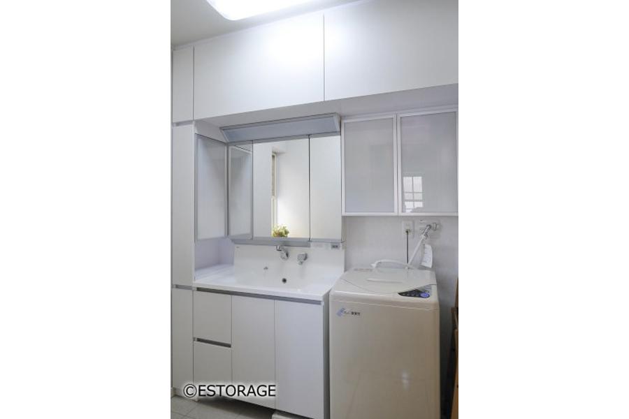 余ったスペースを無駄なく使える 洗面周り収納