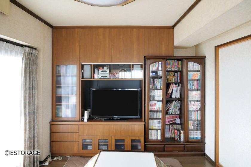手持ちの本棚を組み込んだ壁面収納
