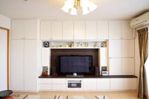 大容量の壁面収納。無駄なく綺麗に使いやすく。