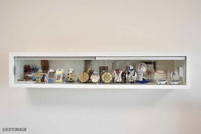 飾り棚も組み込んだリビング収納