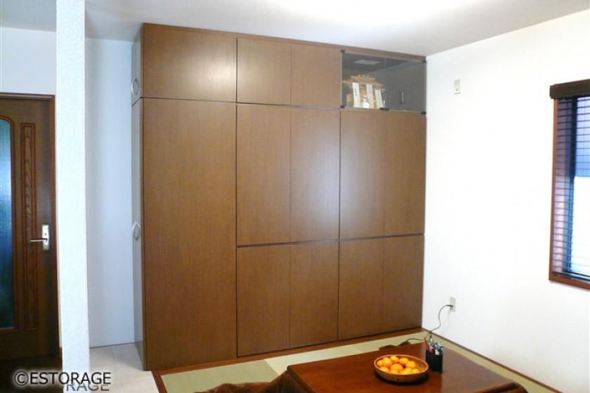 神棚を組み込み、和室用にオーダーした壁面収納