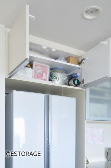 冷蔵庫の上も有効活用