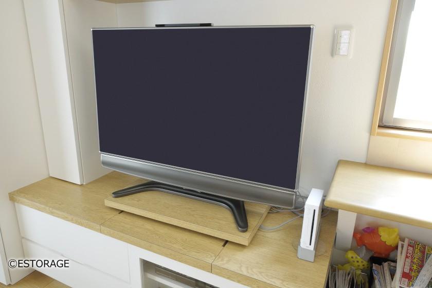 テレビの収納スペース