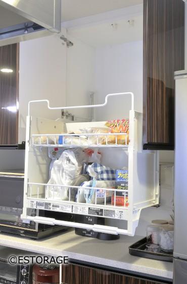 鏡面木目柄扉のキッチン収納