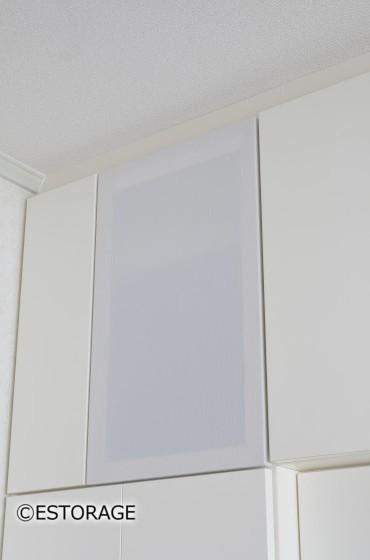 壁一面使っても明るいリビング リビング収納