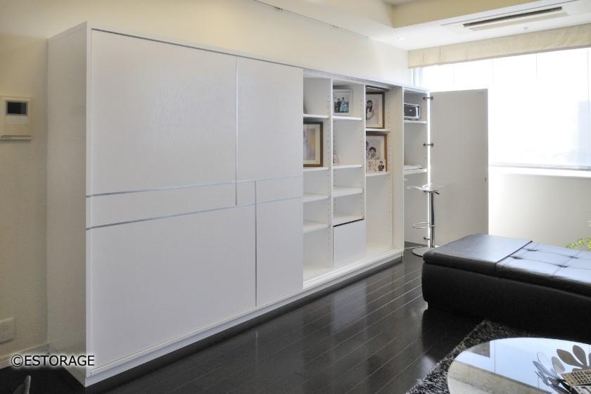 白を基調とした壁面収納