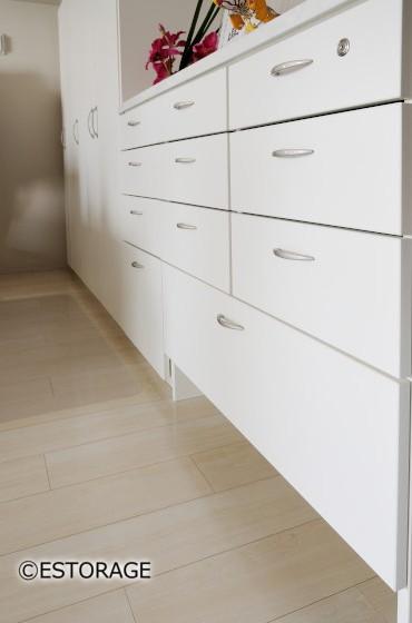シンプルなデザインで使いやすい収納