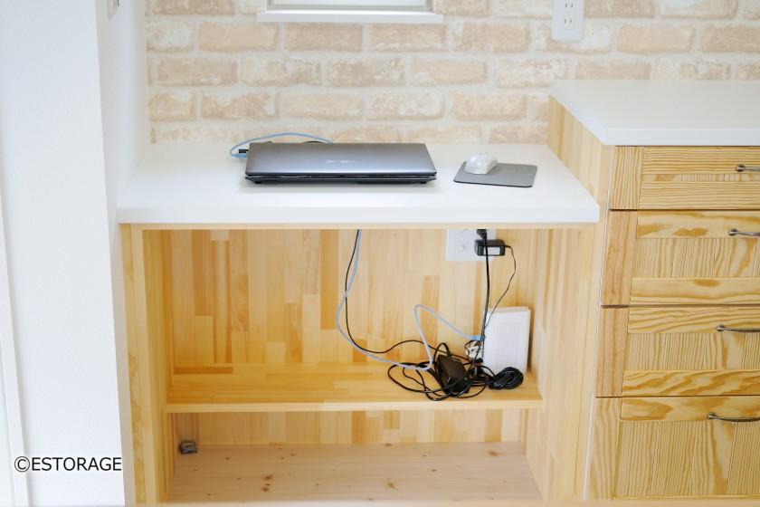 パソコン用の作業台
