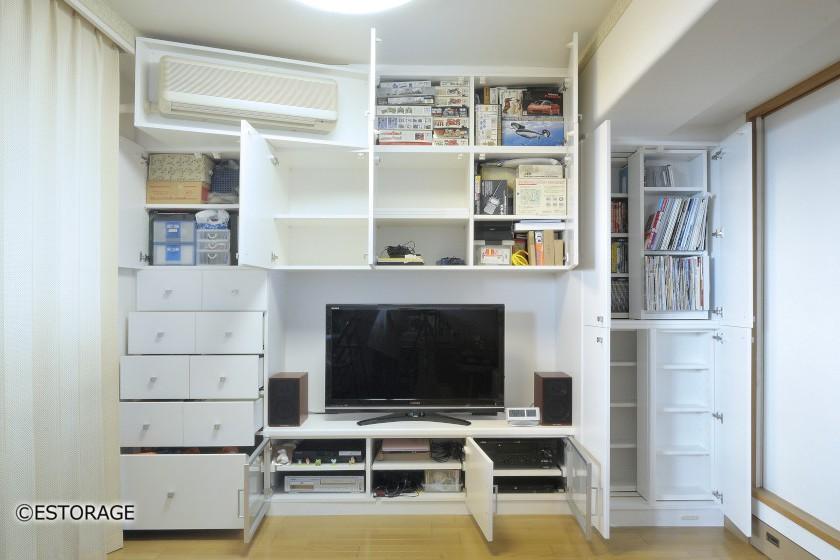 書棚とエアコンを組み込んだ壁面収納