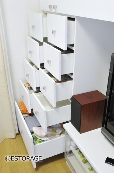 書棚とエアコンを組み込んだ壁面収納3