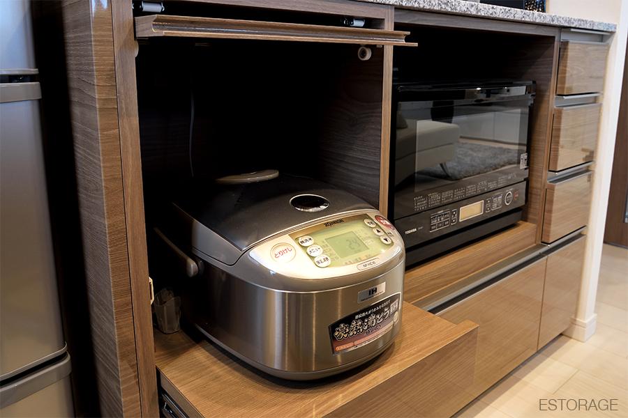 炊飯器の収納スペース