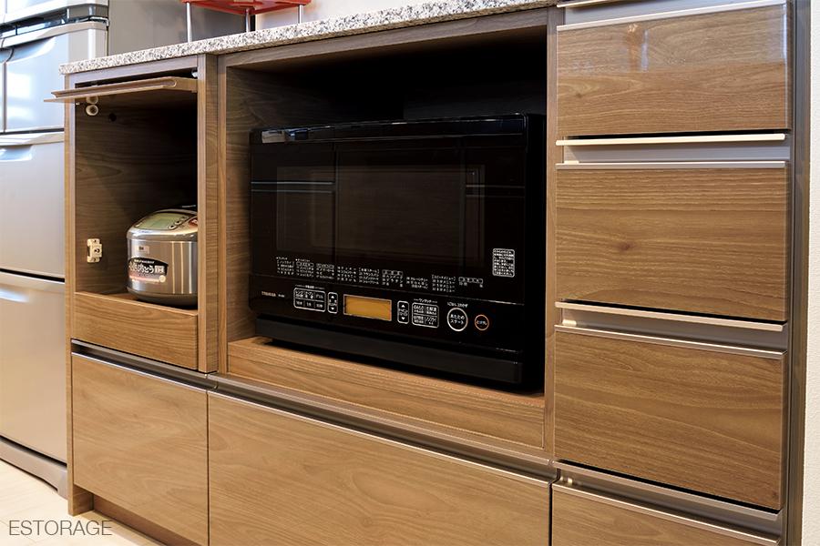 オーブンの収納スペース