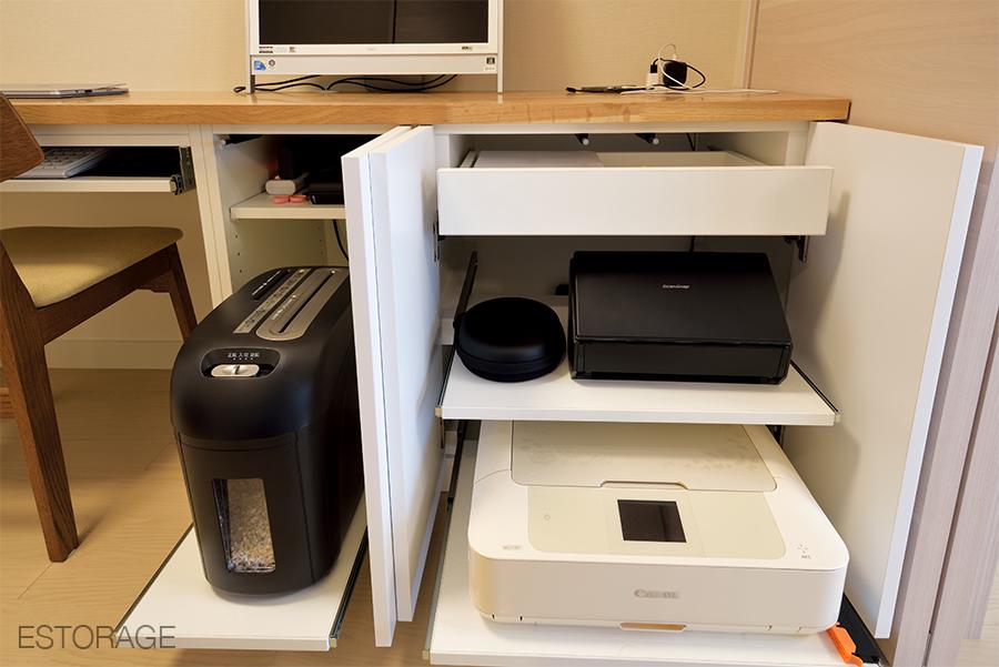 機能的な収納で、自宅のワーキングスペースを実現。