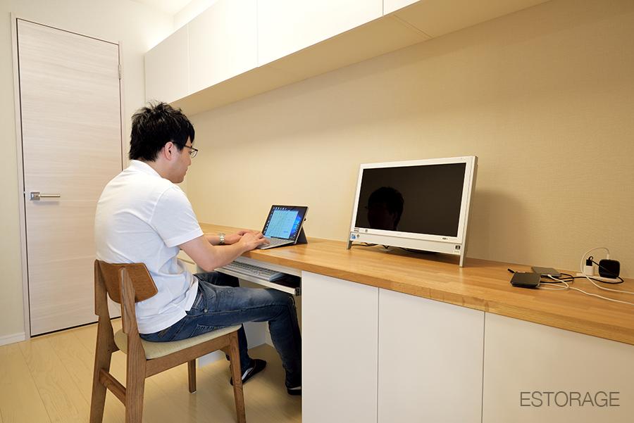自宅に快適なワーキングスペースを実現した、オーダー家具。