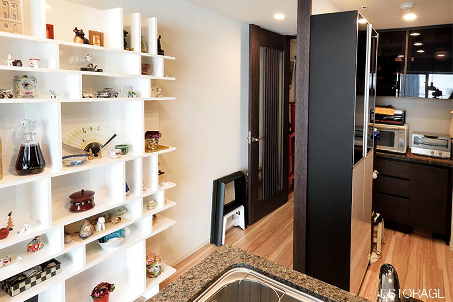 キッチンのスペースを無駄なく活用したキッチン収納。