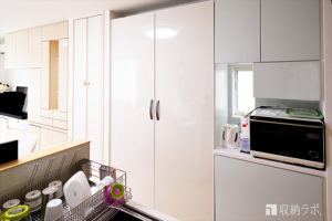 子育てしながらの家事を快適にするオーダーメイドの食器棚。