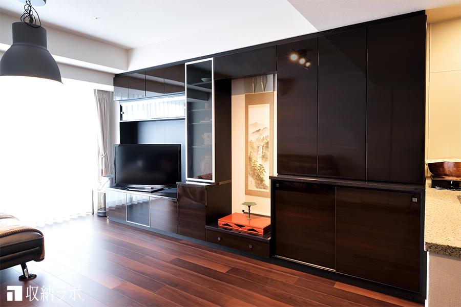 新居にオーダーしたのは、床の間がある和モダンな壁面収納。
