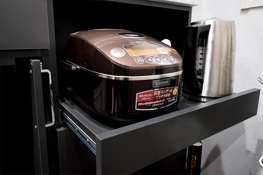 キッチン収納の炊飯器収納