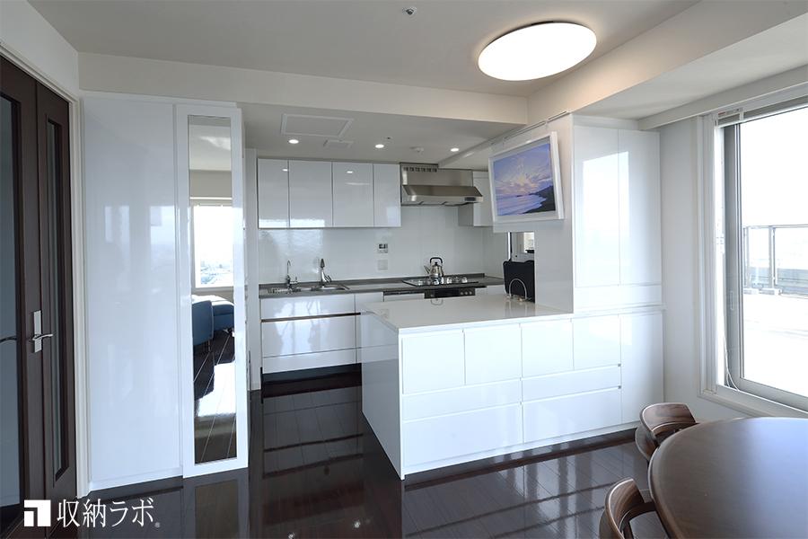 キッチンスペースの作ったオーダーメイドのキッチン収納