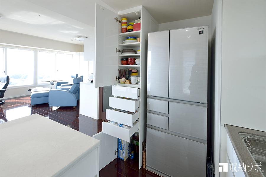 キッチンスペースに作った多目的収納2