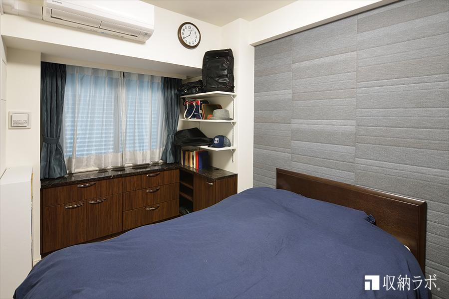 寝室に作ったカウンター収納