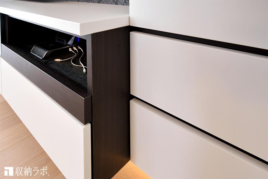 圧迫感を軽減するために、壁面収納の各収納ボックスの奥行きを変更。